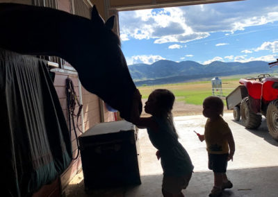 kids with horse